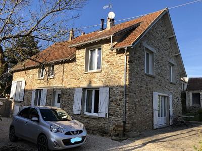 FERMETTE A VENDRE - BERNAY VILBERT - 217 m2 - 446000 €