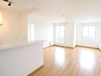 APPARTEMENT T2 A VENDRE - ROZAY EN BRIE - 40 m2 - 134000 €