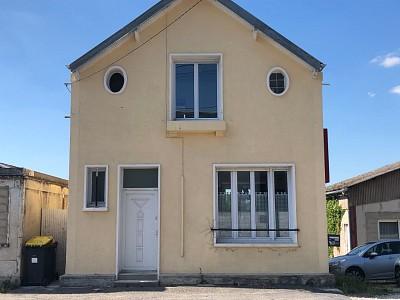 Briarde A VENDRE - BETON BAZOCHES - 72 m2 - 159000 €