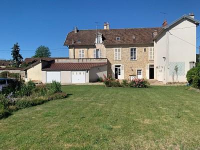 Maison de maître A VENDRE - ROZAY EN BRIE - 250 m2 - 440000 €