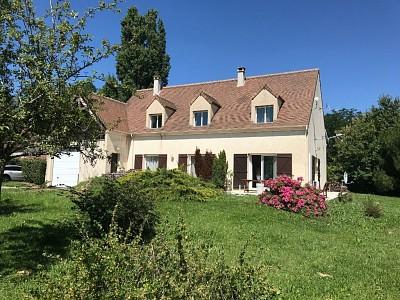 MAISON A VENDRE - JOUY LE CHATEL - 231 m2 - 370000 €