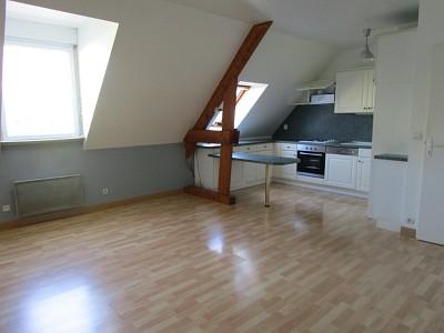 APPARTEMENT T2 A LOUER - BRIE COMTE ROBERT Proche centre ville - 52 m2 - 795 € charges comprises par mois