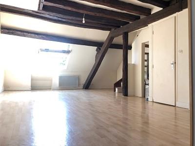 APPARTEMENT T2 A LOUER - ROZAY EN BRIE CENTRE VILLE - 34,17 m2 - 590 € charges comprises par mois