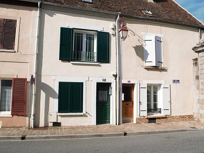BRIARDE (Maison de Ville ) A VENDRE - ROZAY EN BRIE - 110 m2 - 175000 €