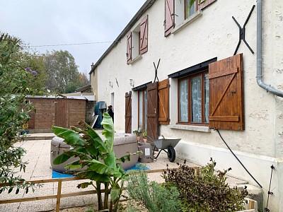 MAISON A VENDRE - MONTCEAUX LES PROVINS - 200 m2 - 235000 €