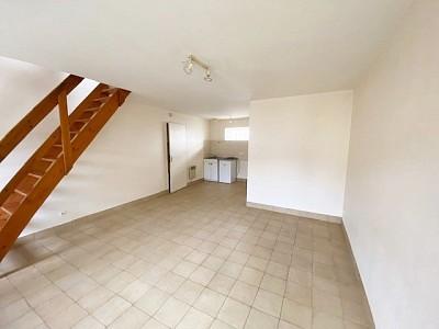 APPARTEMENT T2 A LOUER - TOUQUIN proche centre ville - 34 m2 - 583 € charges comprises par mois
