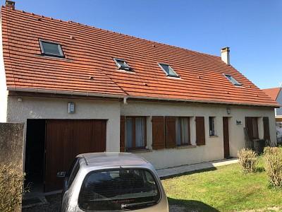 Traditionnelle A VENDRE - ROZAY EN BRIE - 160 m2 - 368000 €
