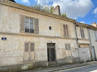 MAISON A VENDRE - JOUY LE CHATEL - 190 m2 - 153000 €
