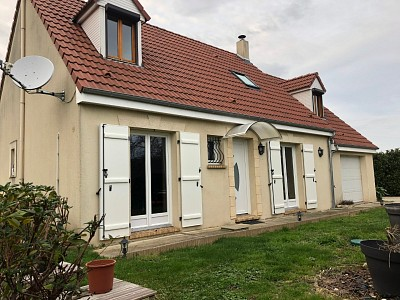 MAISON A LOUER - QUIERS - 105 m2 - 1315 € charges comprises par mois