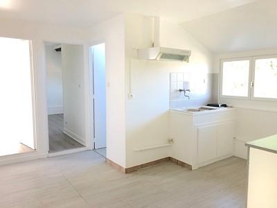 APPARTEMENT T3 A LOUER - ROZAY EN BRIE - 53 m2 - 850 € charges comprises par mois