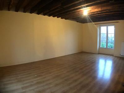 MAISON A LOUER - AUBEPIERRE OZOUER LE REPO - 178,64 m2 - 1250 € charges comprises par mois