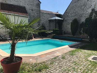 MAISON A VENDRE - JOUY LE CHATEL - 217 m2 - 305000 €