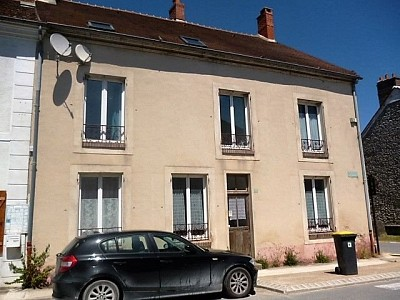 MAISON A VENDRE - ROZAY EN BRIE - 250 m2 - 272000 €