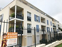 APPARTEMENT T1 A LOUER - ROISSY EN BRIE - 29,95 m2 - 695 € charges comprises par mois