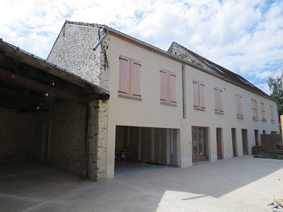 APPARTEMENT T4 A VENDRE - COURPALAY - 83,32 m2 - 180000 €