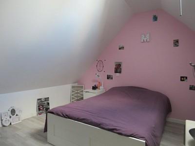 APPARTEMENT T4 A VENDRE - ROZAY EN BRIE - 71,4 m2 - 192000 €