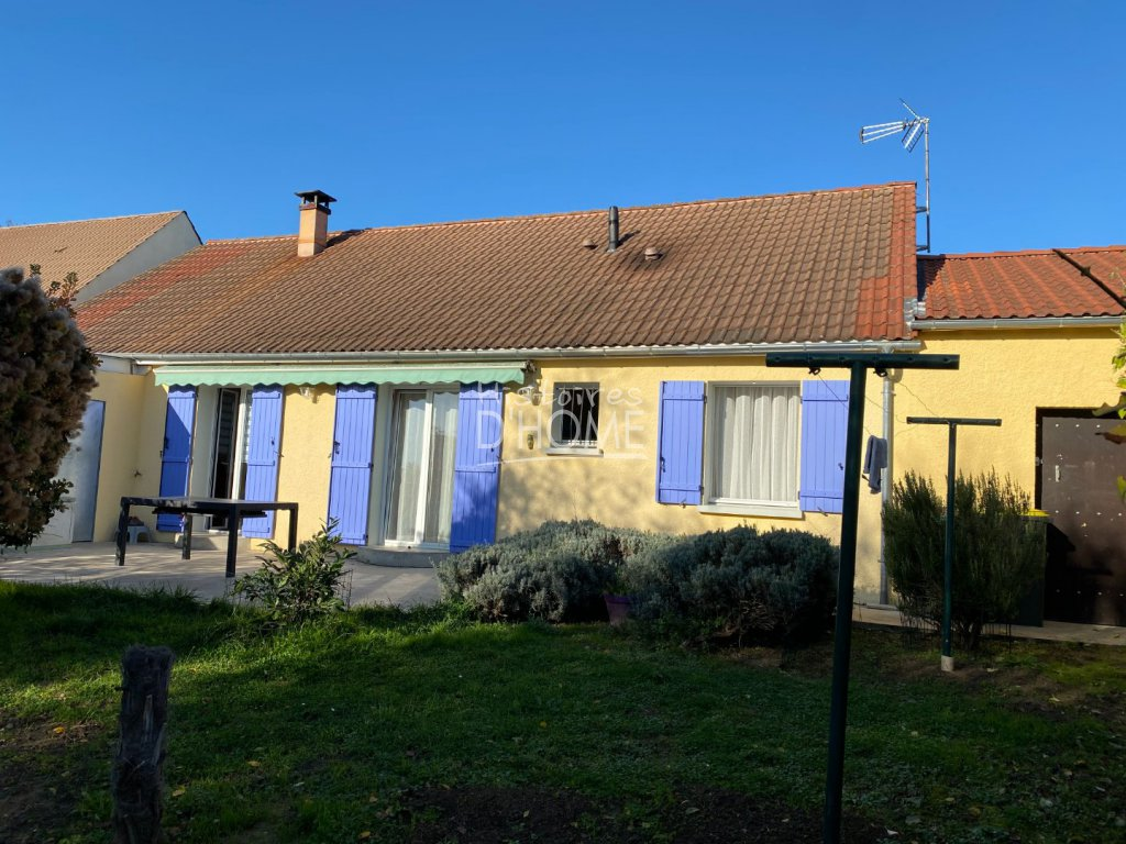 Traditionnelle - COURPALAY - 108 m2 - 289 000 €